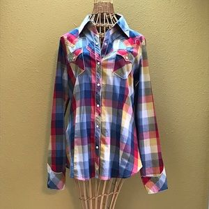 Roper plaid shirt with pearl buttons. Size M